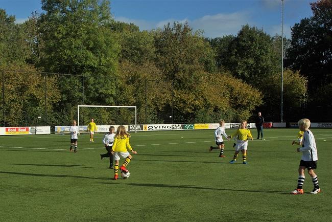 Meisjesteam SV Zwolle JO10-2 boekt zege 21
