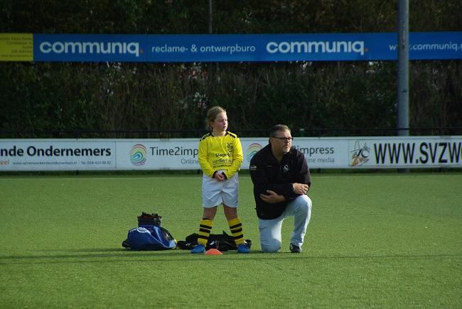 Meisjesteam SV Zwolle JO10-2 boekt zege 27