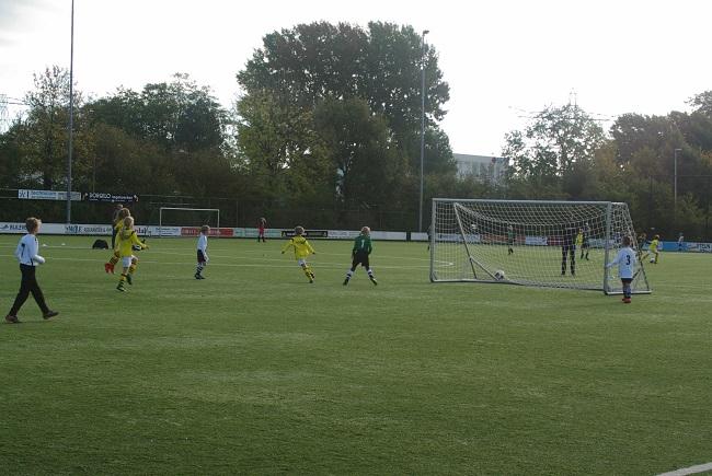 Meisjesteam SV Zwolle JO10-2 boekt zege 28