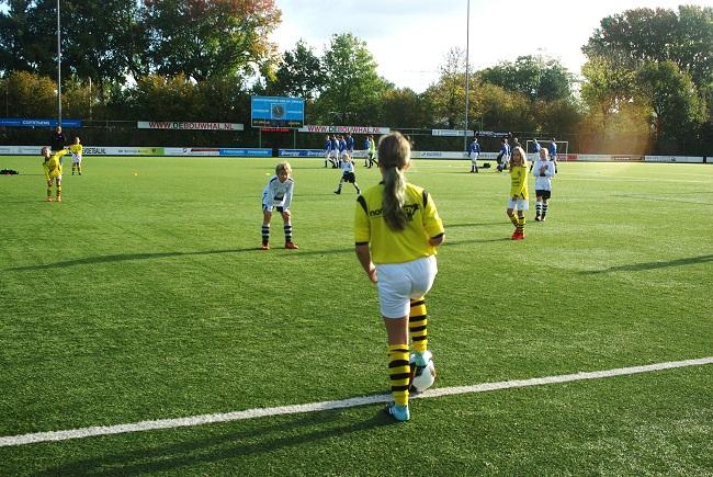 Meisjesteam SV Zwolle JO10-2 boekt zege 29