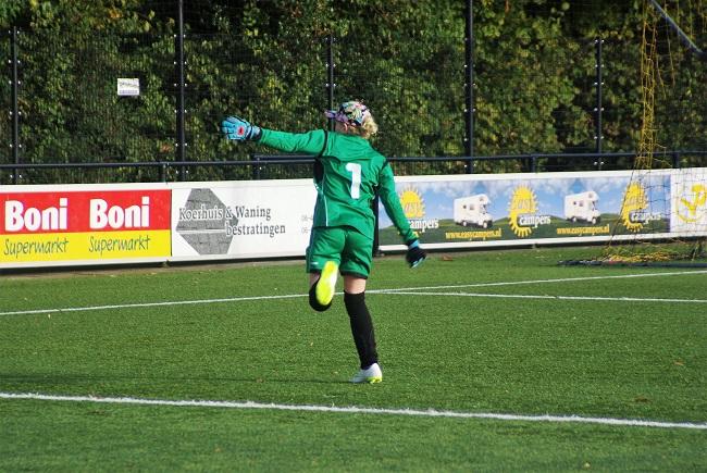 Meisjesteam SV Zwolle JO10-2 boekt zege 31