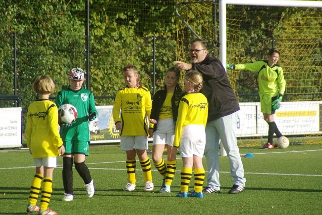 Meisjesteam SV Zwolle JO10-2 boekt zege 41