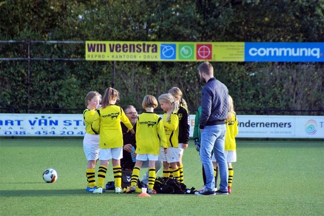 Meisjesteam SV Zwolle JO10-2 boekt zege 7