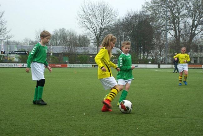 Meiden SV Zwolle JO10-2 hebben de langste adem 10