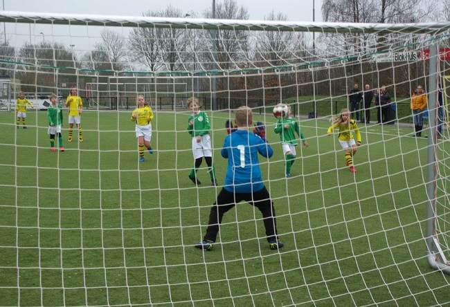 Meiden SV Zwolle JO10-2 hebben de langste adem 11