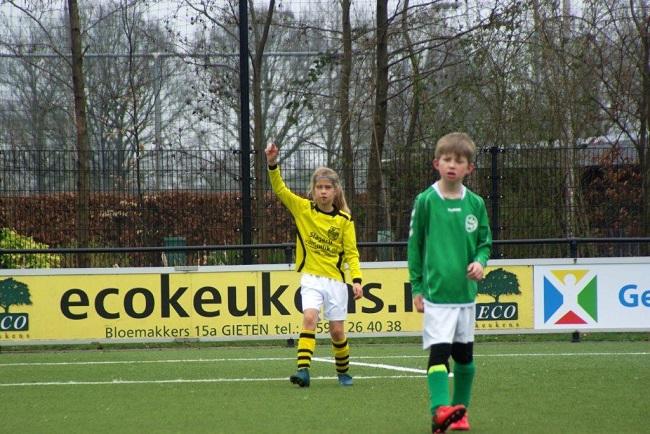 Meiden SV Zwolle JO10-2 hebben de langste adem 15