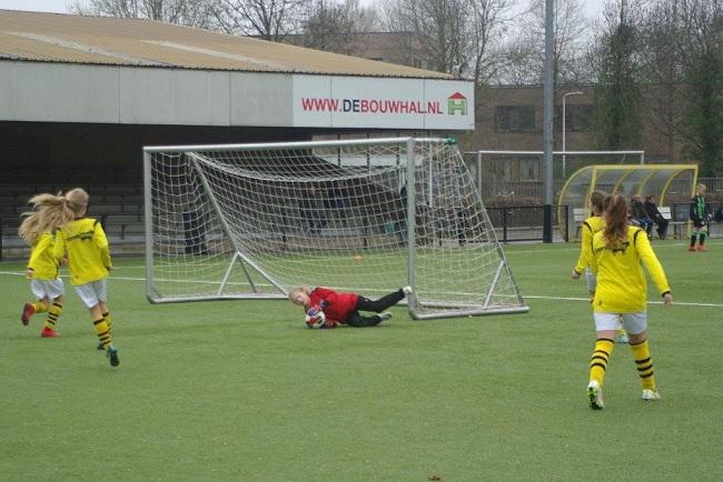 Meiden SV Zwolle JO10-2 hebben de langste adem 16