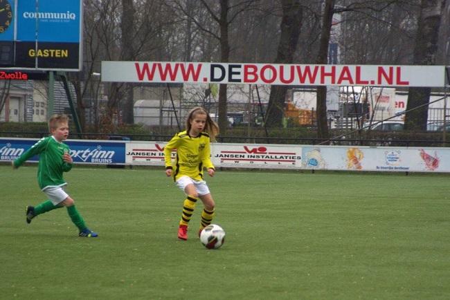 Meiden SV Zwolle JO10-2 hebben de langste adem