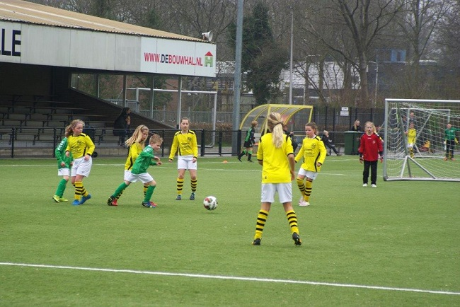 Meiden SV Zwolle JO10-2 hebben de langste adem 24