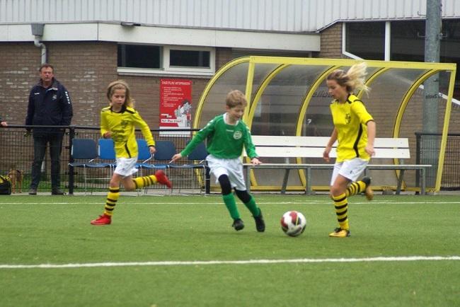 Meiden SV Zwolle JO10-2 hebben de langste adem 25