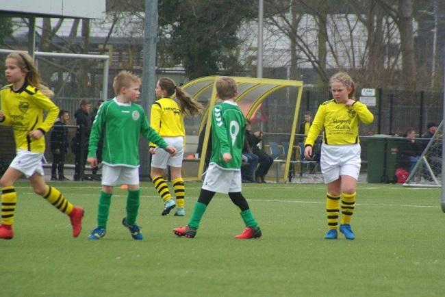 Meiden SV Zwolle JO10-2 hebben de langste adem 27