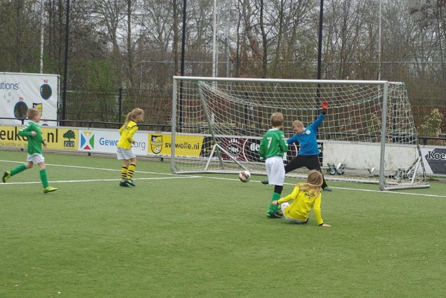Meiden SV Zwolle JO10-2 hebben de langste adem 32