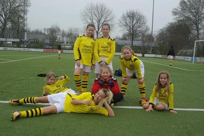 Meiden SV Zwolle JO10-2 hebben de langste adem 37