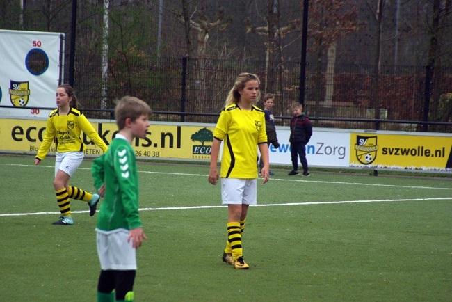 Meiden SV Zwolle JO10-2 hebben de langste adem 5