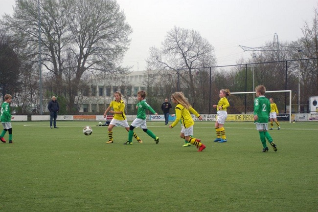 Meiden SV Zwolle JO10-2 hebben de langste adem 7