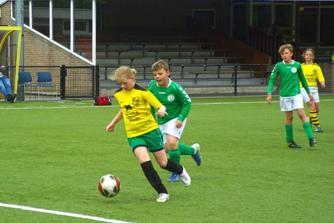 Laatste competitiewedstrijd van meiden SV Zwolle JO10-2G 16