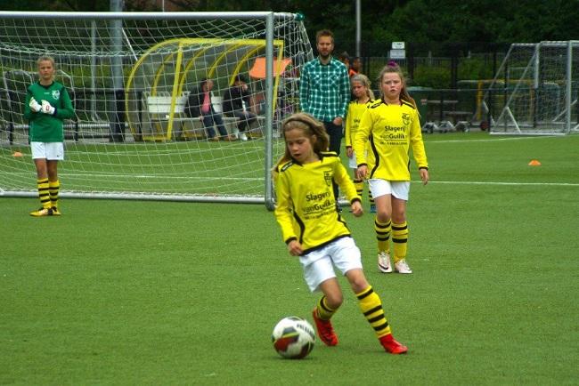 Laatste competitiewedstrijd van meiden SV Zwolle JO10-2G 20