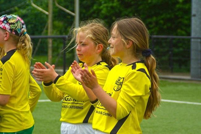 Laatste competitiewedstrijd van meiden SV Zwolle JO10-2G 22