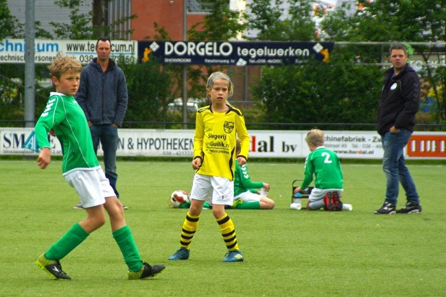 Laatste competitiewedstrijd van meiden SV Zwolle JO10-2G 3