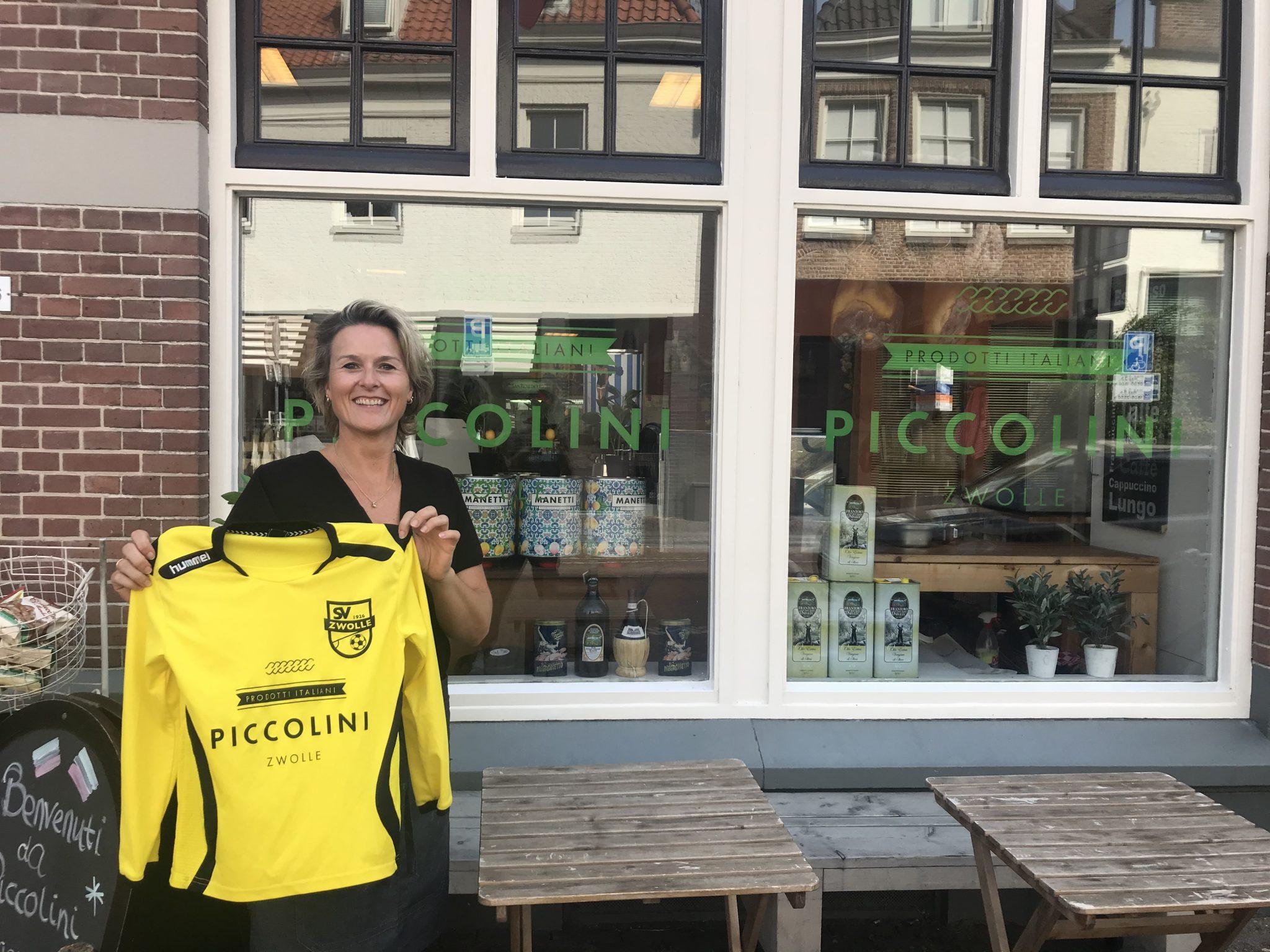 Piccolini blijft shirtsponsor jeugdteam SV Zwolle