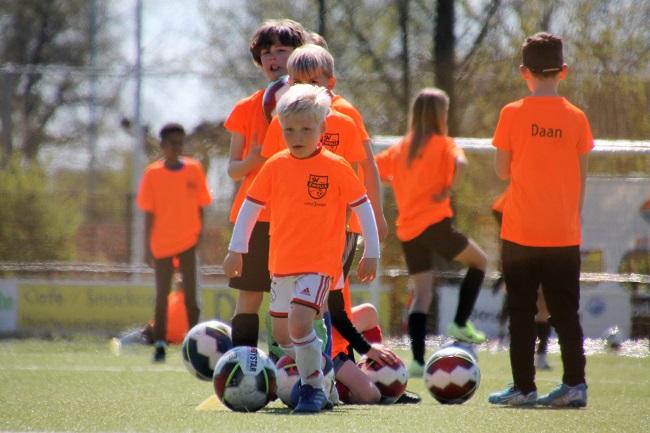 Foto's SV Zwolle Voetbal Driedaagse Dag 1
